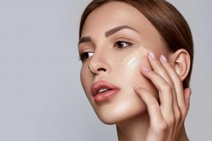 Soutěž o make-up Max Factor Miracle Second Skin Foto: Joseph Mucira Pixabay
